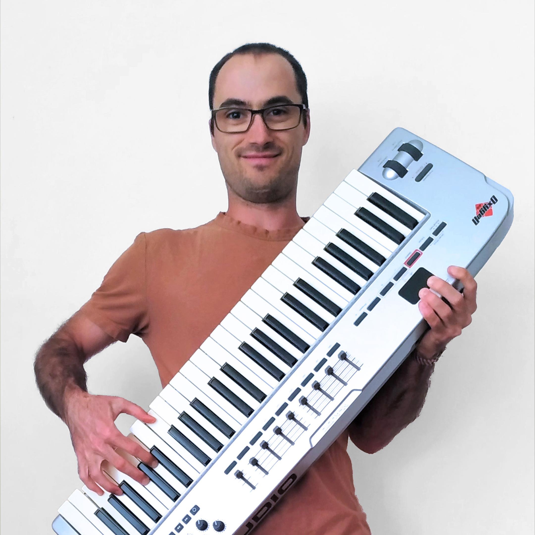 Pau - Transcriptores de música profesionales